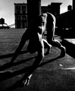 ハイパーダンスの時の田中泯さんの画像